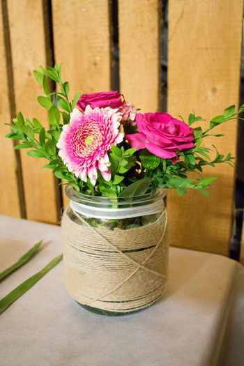 Arreglo Floral Blumen Blumengesteck Blumentopf Blumenvase Bunch Of Flowers Decoration Deko Flores Flower Arrangement Flower Pot Flowers Maceta Pink Color Plant Pot Colour Of Life