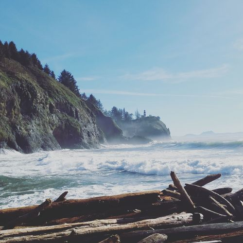 Cape Disappointment from Waikiki Beach, Wa... Stayandwander Wanderlust Capedisappointment PNW PNWonderland Ocean Lighthouse Crest Surf Driftwood Adventure Travel Hike StateParks Washingtoncoast Vanlife