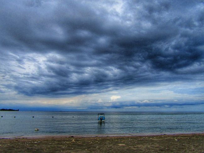 ready for the storm EyeEmNewHere EyeEm Ready   Storm Cloud Storm Cloudy Waves Bali Beachphotography Sea Beach Cloud - Sky Horizon Over Water Water Sky Outdoors Sand Tranquility Scenics Beauty In Nature Nature Blue Day Shades Of Winter An Eye For Travel