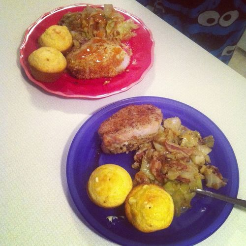 My dinner last night: Stuffed pork chops, fried cabbage, and cornbread... Damn, Im good! LoL