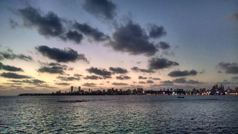 Mumbai Mumbaikar India EyeEm Best Shots EyeEm Gallery Worldcities Bestcity Cityofdreams  Love ♥ Greatmoments Marinedrive Check This Out Traveling Enjoying Life Motox Hidden Gems  Battle Of The Cities Neighborhood Map