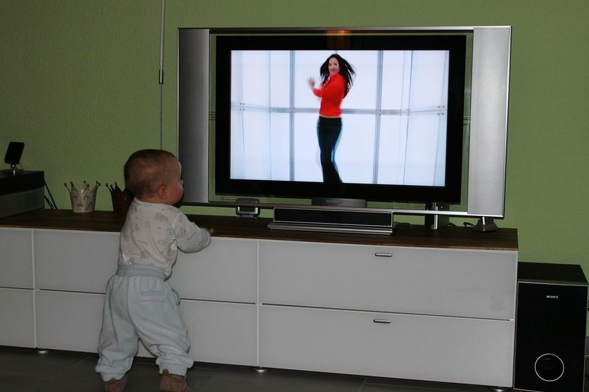 Baby Flat Screen Child Indoors  Tv Marketing Promotion Girl HJB Fun Funny Moments View