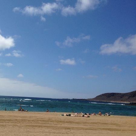 Se ha quedado una tarde preciosa para la playa