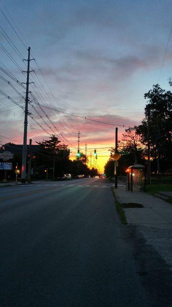 Sunset Sunsetoverfrankfortavenue Louisvilleky Inthecity  Greenlight