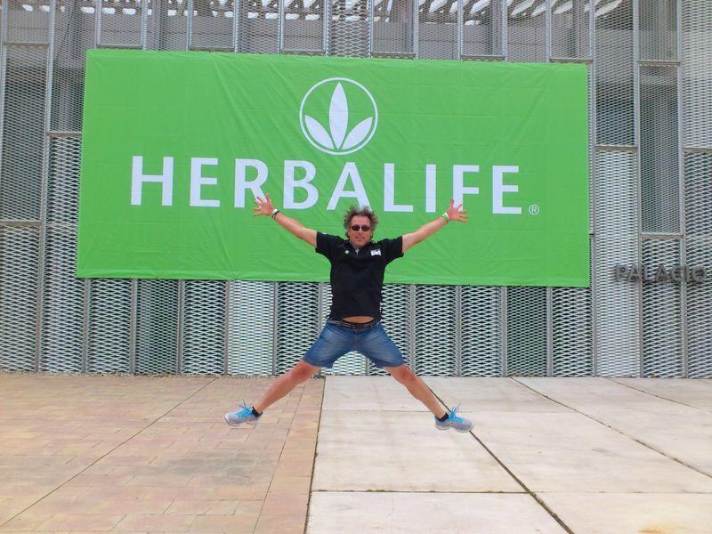 La rodilla bien gracias! ;-) Herbalife FSLzaragoza H24 Facilydivertido
