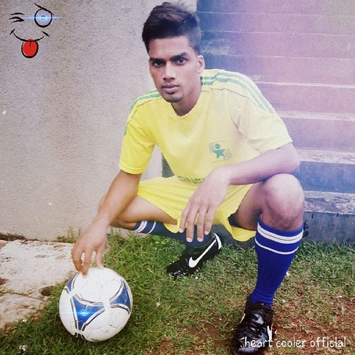 I play football because I love it Marcostyle Heavymarcofan Footballlife Football_player football_lover all depend on my loving club Rangers and my beside supporter @farhanfazal_11 support makes all the changes fanclubnewstyletodaybestdailyuploadmaxeditcrazyadmin Crazy football lover your welcome to my world