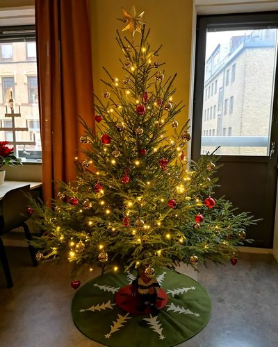 P20 No Edit/no Filter Huaweiphotography Leicacamera Sweden Tree Christmas Decoration Living Room Christmas Lights Christmas Christmas Ornament Holiday - Event Celebration christmas tree Tradition Spruce Tree Needle - Plant Part