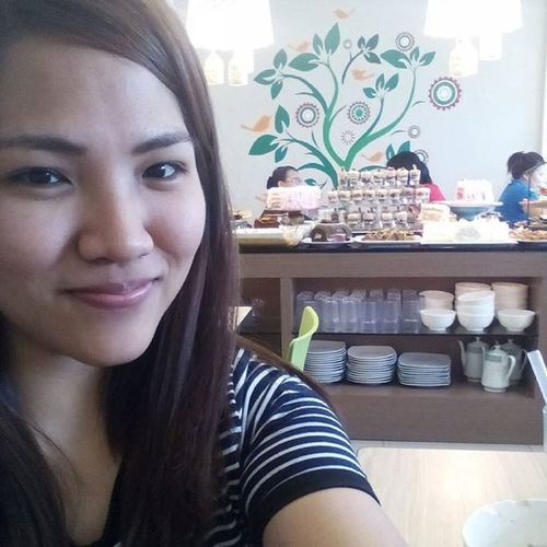 food tripping 🍰🍦🍮🍩 w/ my soulsisters 👭 Lovedesserts Sweetsoverload 1sttime Stressreliever 👌👍