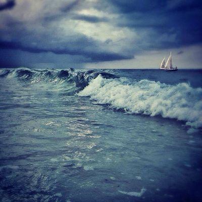 Storm on the horizon The Illusionist - 2014 EyeEm Awards