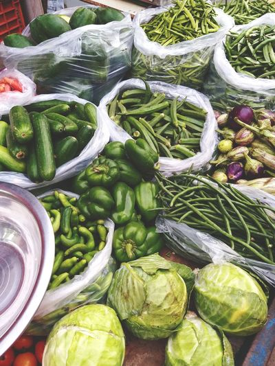 Market Vegetable Retail  Variation Backgrounds Choice High Angle View For Sale Close-up Food And Drink Farmer Market Street Market Market Vendor Bazaar Street Food Farmer's Market Display Market Stall Stall Price Tag Polythene Green Chili Pepper Retail Display