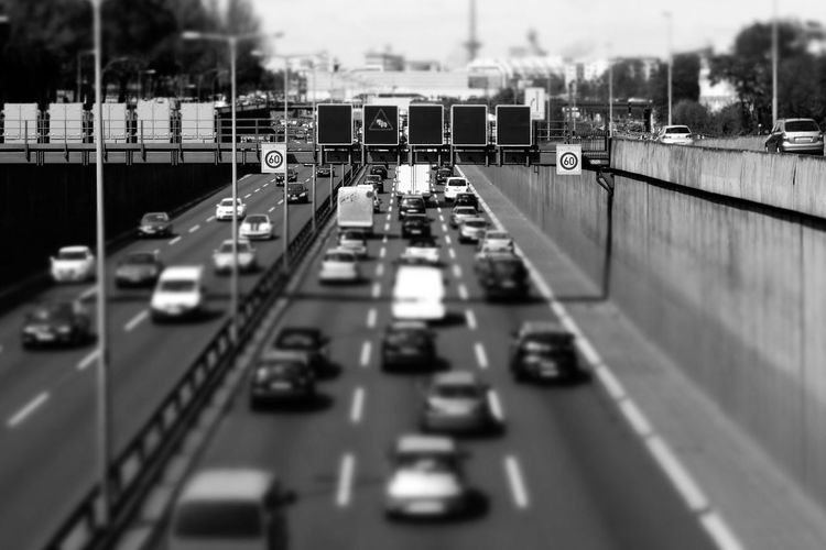 Tilt shift image of traffic on highway