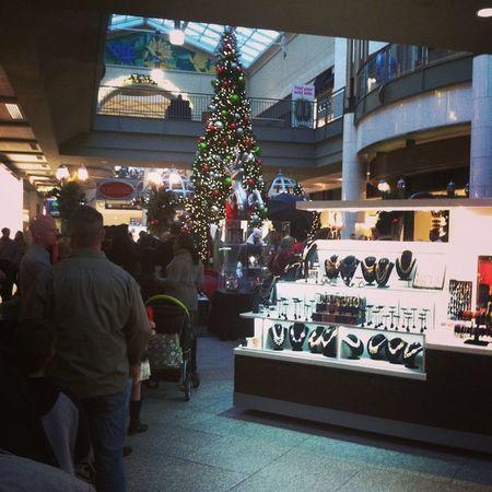 Christmas in Lenox mall @paris__mami Wheresmydaughter Picswithsanta GoodTimes Familylife xmasinatl