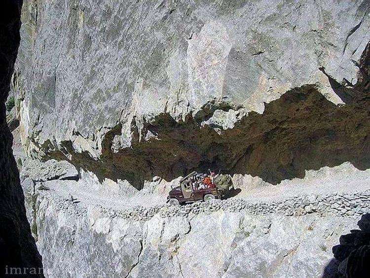 photo taken ny a friend. Chitral road. Pakistani Traveller Beauty Of Pakistan Natural Beauty Living Dangerously