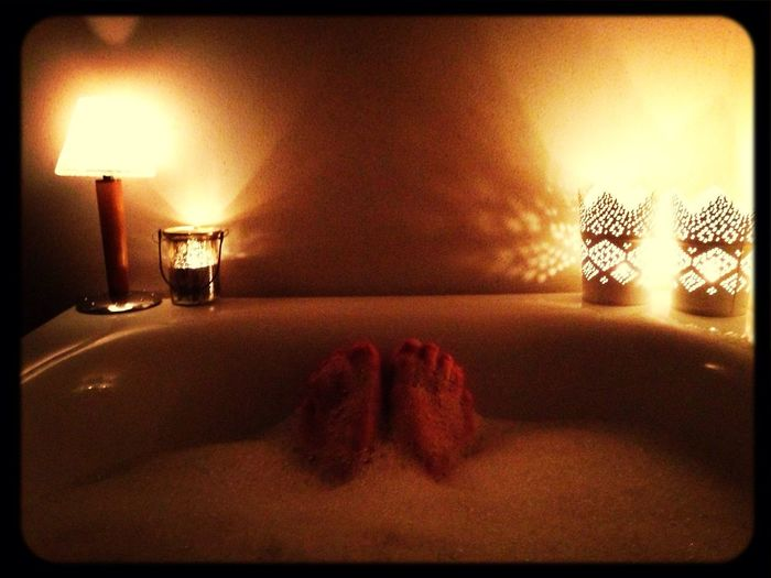 Relaxing Candles Bath