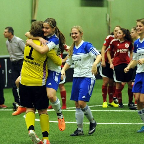 Workhardplayhard Football Life Playing Football Winner ❤ Onelove♥ GirlsLoveFootball AH10 NeverGiveUpOnYourDreams Concentration .lovefootball.