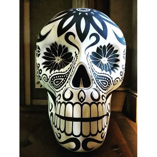 Days of the dead festival. Mexico Celebratethedead Dayofthedead Britishmuseum Festival Skull Skulls Airheads Museum Decorative TravelTuesday