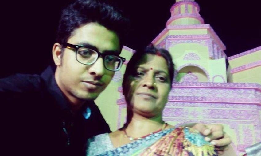 With mom Vijayadashmi Dussehra IndianFestivals Durga Puja Selfie