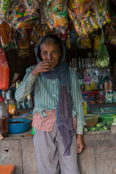 Cambodia Drinking Tea Market Adult Adults Only Cambodian Day Food Freshness Looking At Camera Market Stall Marketplace One Person Outdoors People Portrait Real People Retail  Standing Tea Time Women Women Around The World