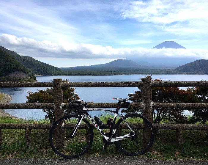 富士山 本栖湖 Motosuko Mtfuji Mountain Mountain Range Beauty In Nature Lake Roadbike DeRosa Lifestyles Enjoying Life Hello World Relaxation Relaxing 3XSPUnity