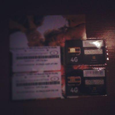 Появилось куча пасанов и бро на Билайн е, по этому Today приобрела в оф салоне One Sim card, а 2 досталась в подарооок, так что у меня теперь 3 номера :з МУАХАХАХ. p.s: там не 4G, а все-таки 3G, в принципе пофиг, я только звонить буду)