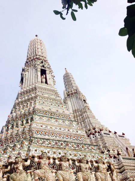 Architecture Travel Destinations Religion History Tourism Spirituality Place Of Worship Travel Built Structure Low Angle View Ancient Building Exterior Bangkok Thailand Budist Tempel Spiritual Temple Budism