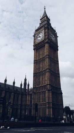 Big Ben Elizabethtower Westminster Westminster Abbey Westminsterbridge London England, UK Architecture Architectural Detail The Architect - 2016 EyeEm Awards Travel Photography Travel Destinations Eurotrip