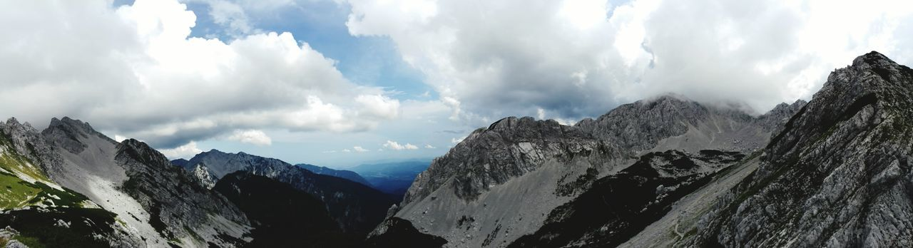 Hiking Trailrunning Ilovemountains Sloveniatrip Borderwalk Weatherchange Viewpoint Naturephotography