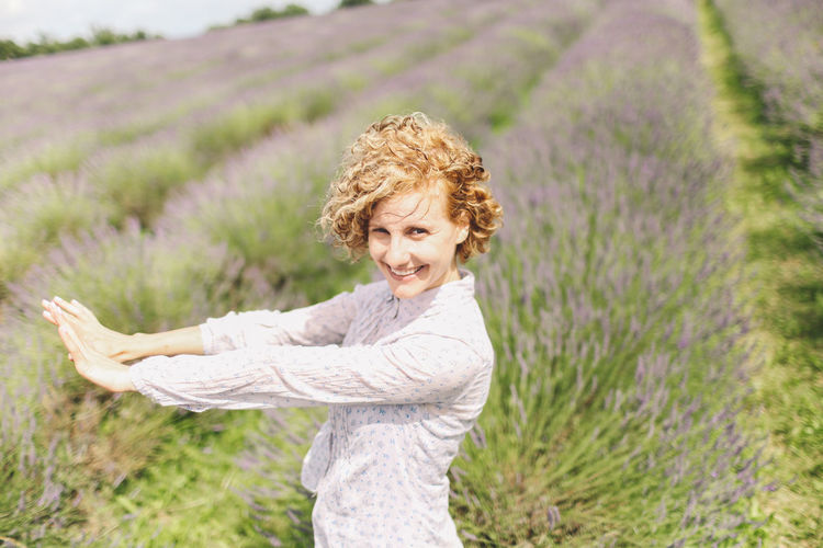 Blonde Casual Clothing Curly Hair Cute Day Field Focus On Foreground Girl Grass Grassy Green Color Growth Lavanda Lavander Lavander Flowers Lavanderfields Leisure Activity Lifestyles Nature Outdoors Person Plant Portrait Selective Focus Summer Moments Of Happiness