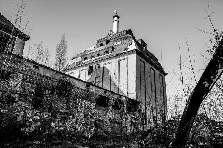 Abandoned Architecture Building Exterior Built Structure Day Lost Places In Leipzig Low Angle View Nature No People Outdoors Sky Sternburgbrauerei