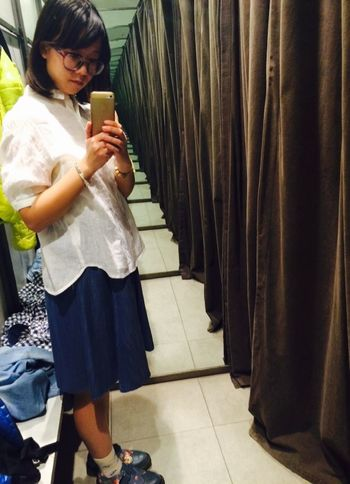 Shopping Relaxing like the the Republic of China era students