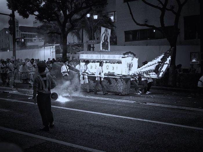 和華蘭(Nagasaki Culture) Sprit Boat Procession / Shoro nagashi / August 15, Every year Bon Festival Discover Kyushu, Japan On The Street Street Photography Black And White Noir People Are People My Country In A Photo