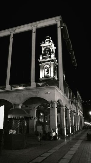 📷 Catedral de Salta Architecture Architectural Column Travel Destinations Statue Built Structure Night Building Exterior History Low Angle View Sculpture No People Outdoors Illuminated Politics And Government King - Royal Person Sky Clock Iglesia Salta  Argentina Canon Canonphotography Streetphotography Blackandwhite Blackandwhite Photography