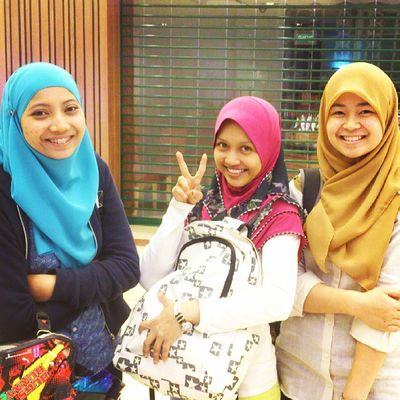 Trio UQ w/ @nurulelani & hanisah