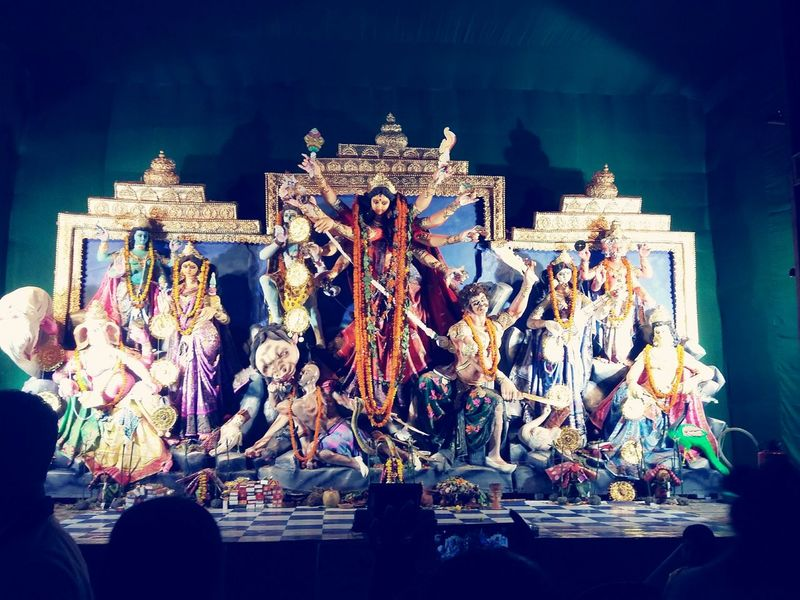 Durgapuja Bengal Beauty In Nature Bengali Culture India Basirhat West Bengal Durga Pandal Illuminated Arts Culture And Entertainment Close-up Architecture Statue Idol Female Likeness Angel Art Sculpted Crown King - Royal Person