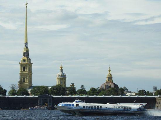 Petropavlovskayafortress Big Neva North River Meteor Speedy Sankt-peterburg Russia Ship EyeEm Best Shots On The Way