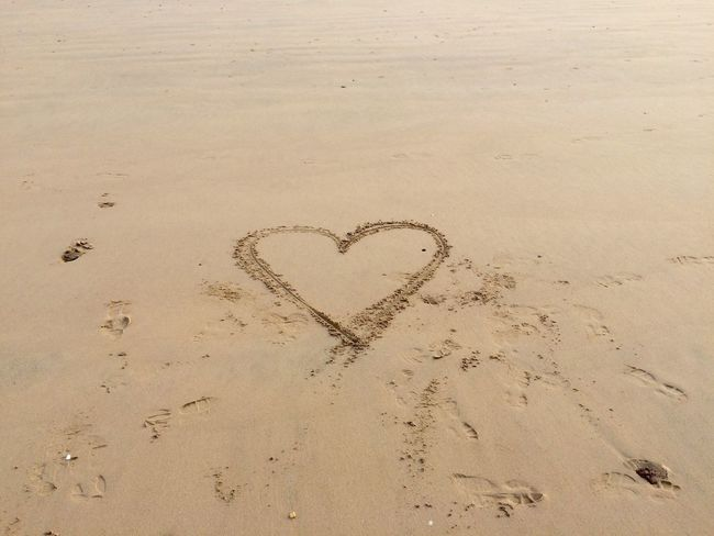 Heart n.3 <3 Sand Heart Shape Beach Love Nature Drawn Day No People Symbol Art, Drawing, Creativity Symmetrical Geometric Shape Textures And Surfaces Textured  Sign Textured  Beach Photography Close-up EyeEm Best Shots Non-urban Scene Art Outdoors Seaside ArtWork Drawing