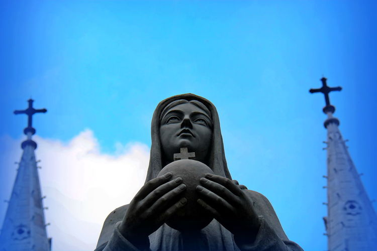 Architecture Low Angle View Sculpture Sky Spirituality Statue