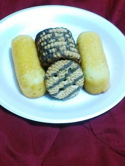 Munchies Sweet Treats  Sweets Sweet Food Sweet Tooth. Tweenkies and cookies COOKIES!