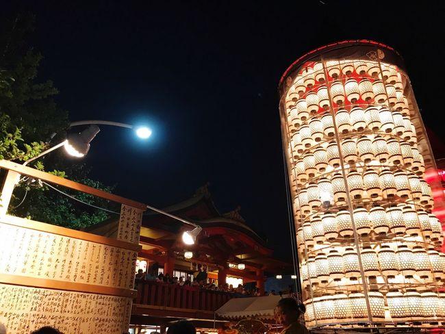 祭 光 夜 Night Lights Right A Shrine 神社 Night Illuminated Built Structure Architecture Building Exterior Low Angle View History Outdoors Travel Destinations City Sky
