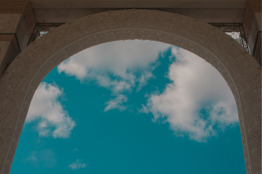 City Place Of Worship Triumphal Arch History Arch Architectural Column Monument Sky Architecture Cloud - Sky