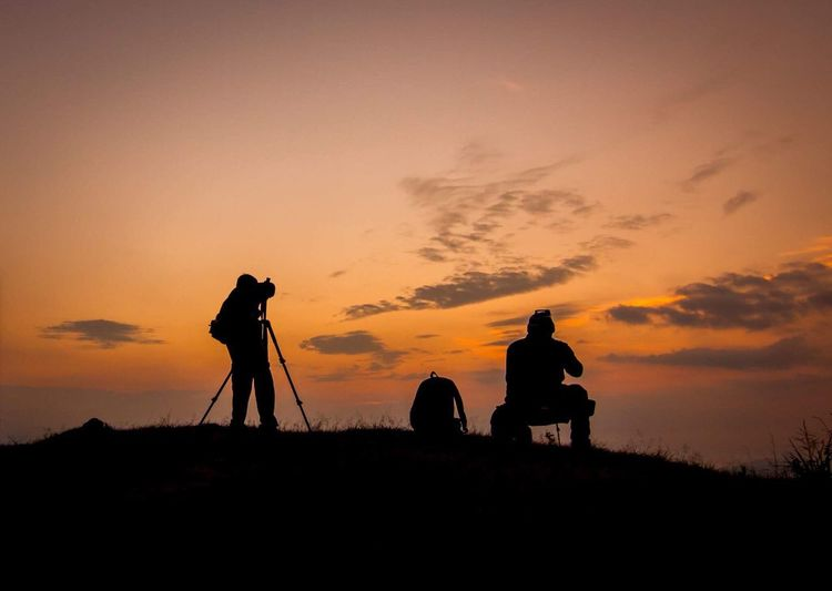 Silhouette photographer Silhouette Sunset Nature Camera - Photographic Equipment Sky Two People Togetherness Photography Themes Beauty In Nature Scenics Tranquility Real People Photographer Outdoors Technology Men Full Length Landscape Photographing Friendship