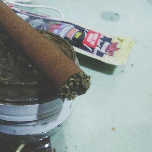 Indoors  Superjei Weed Weedstagram420 Marijuana - Herbal Cannabis Blunt Smoke Blunt Time Blunts Bluntautal Kush