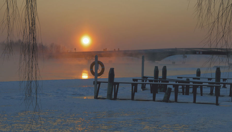 Freezing ❄ Freezing Cold Pielisjoki Joensuu Winter Winteriscoming Winterwonderland Bridgeporn Suomi Finland