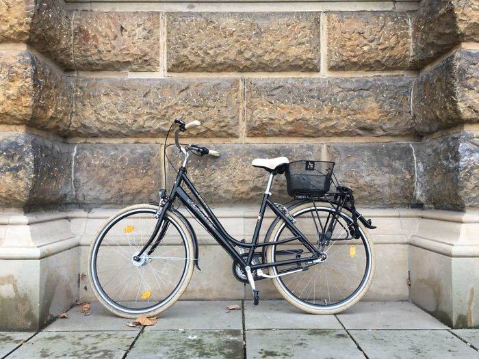 IZoOoM EyeEm Selects Fahrrad Bicycle Stone Material Retro Styled No People Nofilters Nofilter