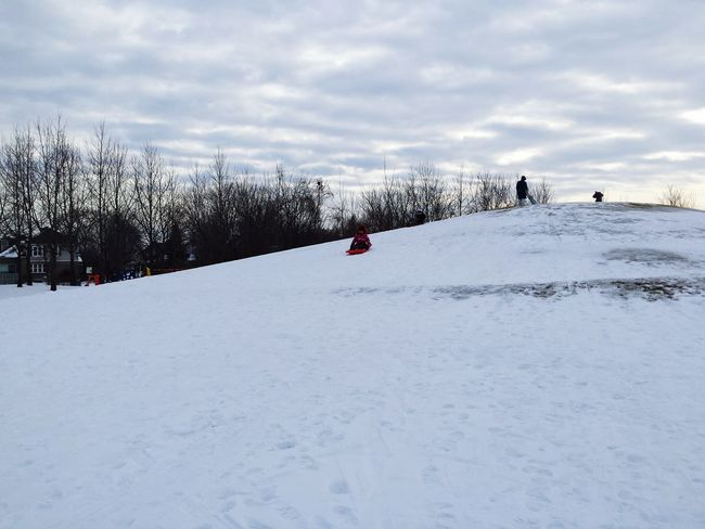 The hill Snow Downhill Sport Cold Winter ❄⛄ Fun Freezing Sky Late Afternoon Light Nieve Cold Days Rides Urbanphotography