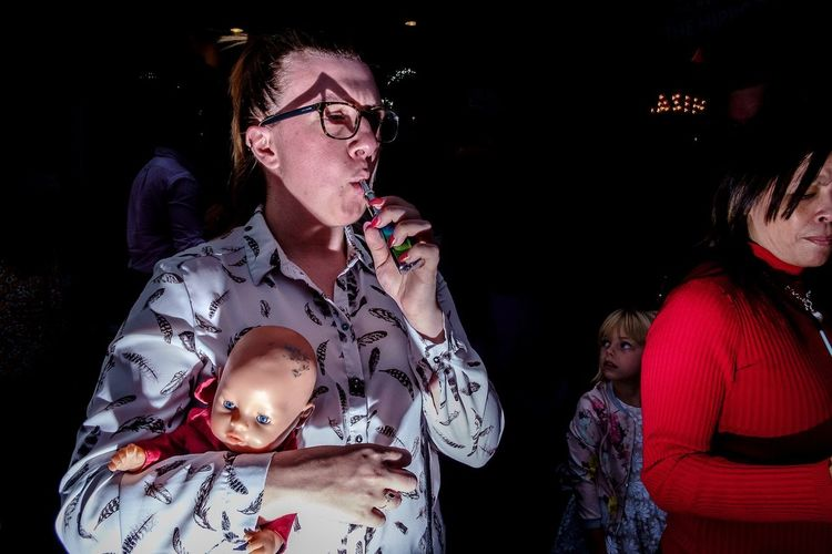 Baby doll Flash Street Photography Flash Photography X-Pro1 Fujifilm X-Pro1 Streethunters Street Hunters Street Photography Streetphotography Eyeglasses  Night People Adult Indoors  Nightlife Young Adult The Street Photographer - 2018 EyeEm Awards