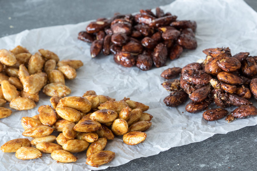 Almonds Candied Almonds Caramelized Almonds Christmas Food Gebrannte Mandeln Homemade Food Sugar-roasted Almonds Sweet Winter