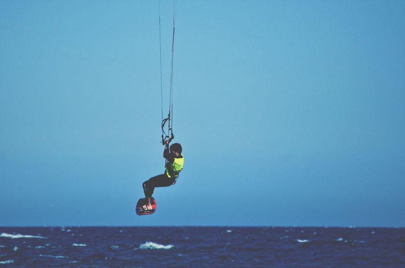 Kitesurfing Sea