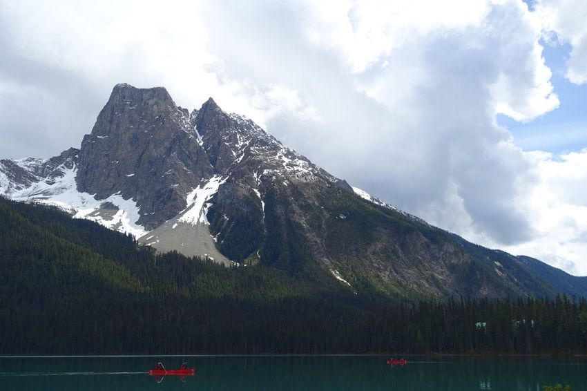 Emerald Lake Alberta Canada Road Tripping Abventure Travel Freshness Peaceful Lake Sky Mountain Tree Nature