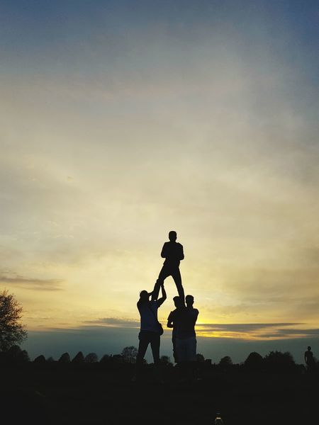 50+ Human Pyramid Pictures HD | Download Authentic Images on